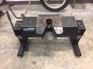 Fifth wheel hitch (slider) for Sale in Melrose, FL