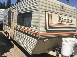 86 komfort 26 ft everything works no leaks for Sale in Fresno, CA