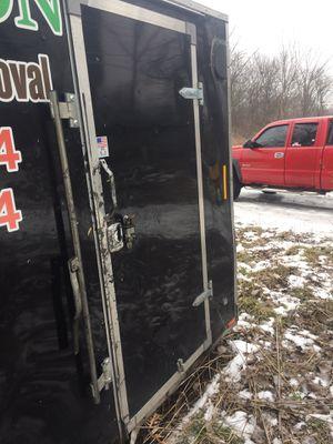 2015 enclosed trailer 8x10 for Sale in Romeoville, IL