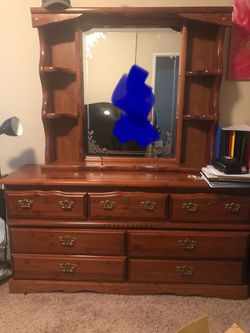 5 Piece Bedroom Set for Sale in Mukilteo,  WA