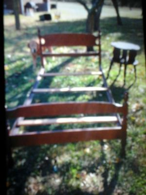 Twin bed for Sale in Buffalo Junction, VA