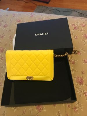 BRAND NEW CHANEL GOLD METAL O-MINI BAG for Sale in Rosemead, CA