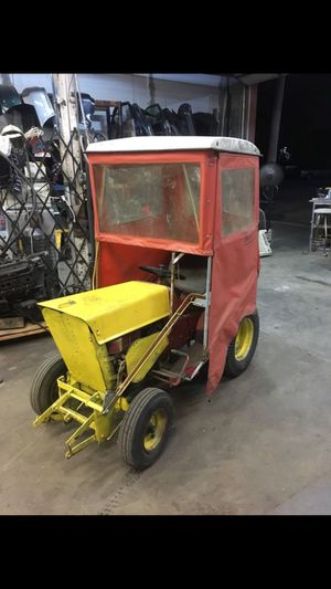 Old Sears tractor for Sale in Cleveland, OH