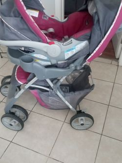 Girl Stroller And Car Seat for Sale in Fresno,  CA