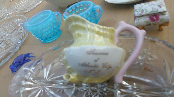 Glassware, antiques