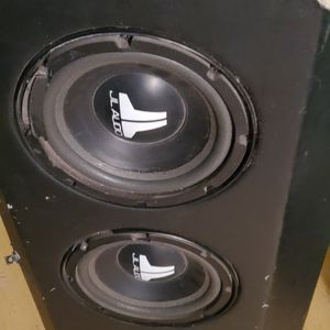3 JL Audio 10 inch Subs in JL Audio Pro Wedge Box for Sale in Castro Valley, CA