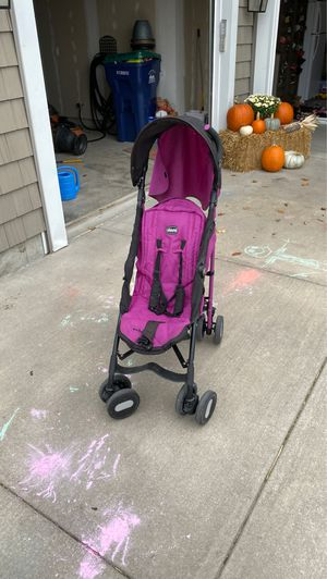 Chicco stroller for Sale in North Tonawanda, NY