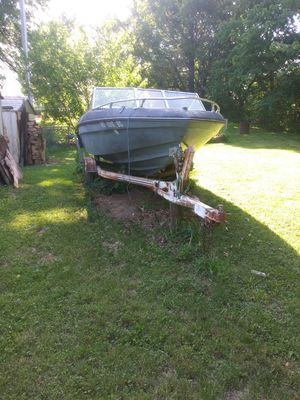 Boat and trailer for Sale in Saint Joseph, MO