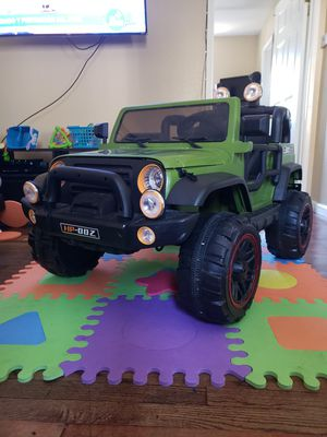 Ride on toys JEEP HP00Z for Sale in San Jose, CA