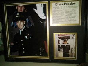 Elvis Presley frame with 2 real photos for Sale in St. Louis, MO
