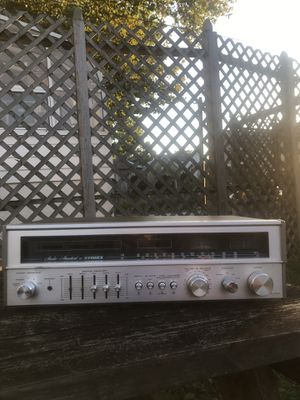 Vintage Fisher Stereo Silverface Receiver for Sale in Logan Township, NJ