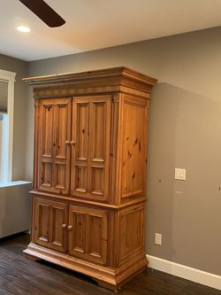 Armoire for Sale in Vancouver,  WA
