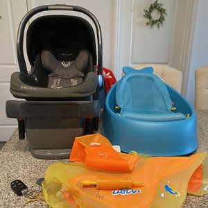 Uppababy Mesa Car seat, Skiphop Bathtub,Laycol Baby Float for Sale in Cape Coral, FL