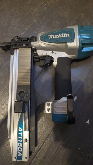 Makita nail gun with 80 bucks worth of nails for Sale in Irving, TX