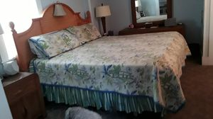 King bed for Sale in New Smyrna Beach, FL
