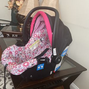 Car Seat And Walker for Sale in Parkville, MD