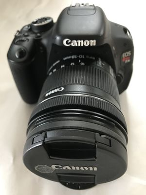 Used Canon Rebel 3ti camera body with lenses and bag for Sale in Seattle, WA