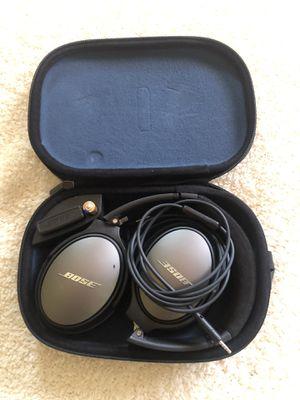 Bose noise canceling headphones for Sale in El Cajon, CA