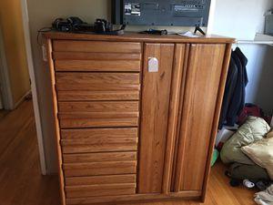 Dresser for Sale in Long Beach, CA