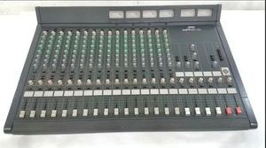 Yamaha MR1642 Mixing Console 16 Channel Pro Audio Unit for parts or repair for Sale in Phoenix, AZ