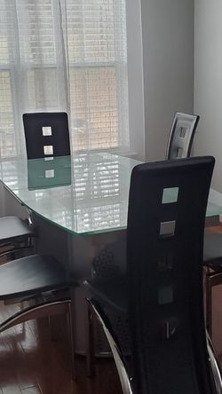 Dinner Room Set, Glass, Stainless Steel and 6 leather Chairs for Sale in Austell,  GA