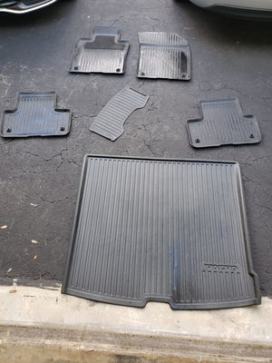 2019 Volvo XC 60 All Weather Floormats (5 + Trunk) [OEM parts] for Sale in Miami, FL