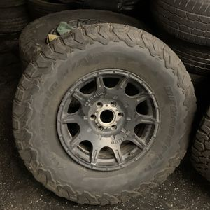 Jeep Wrangler Wheels And Tires for Sale in Newark, CA