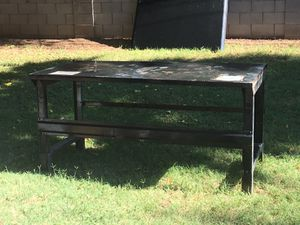 "Heavy duty metal work table30""W x 30""H x 60""L for Sale in Tempe, AZ"