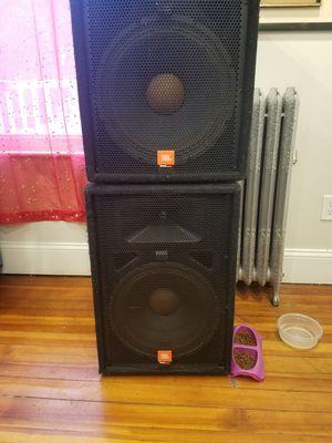 Jbl speaker 2 (15) + amplifier + equalizer peavey for Sale in Boston, MA