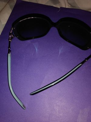 Tiffany tf 4055-b sunglasses for Sale in Boston, MA