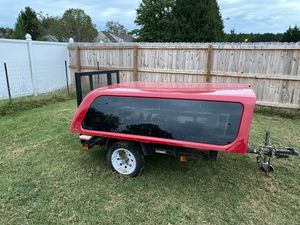Leer 6ft wide 7ft long truck cap for Sale in Suffolk, VA