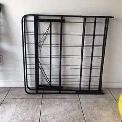 Single Bed Frame for Sale in Virginia Gardens,  FL