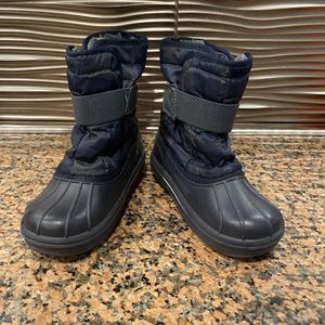 Kids Snow Boots Size 2 (kids) & Size 12 (toddler) for Sale in Sugar Land, TX