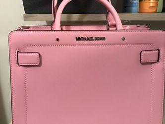 Micheal Kors Pink Purse for Sale in Woodbridge,  VA