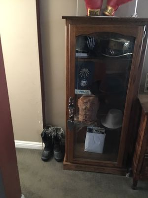 Antique curio 4 shelf with etched glass front and sides for Sale in Huntington Beach, CA