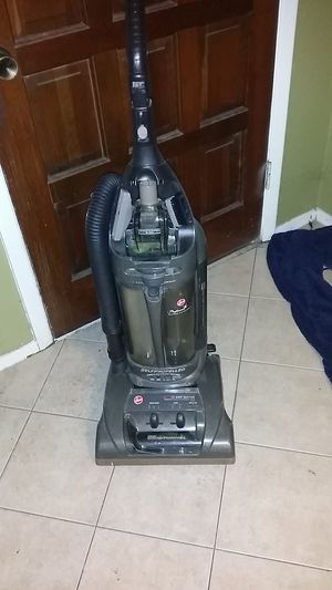 Hoover Wind Tunnel Vacuum for Sale in Austin, TX