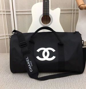 Chanel Duffle bag for Sale in Charlotte, NC