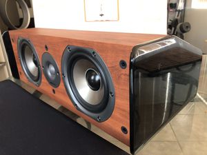 Polk Audio CS10 center channel Speaker, very clean and shiny Like New $70 only for Sale in Phoenix, AZ