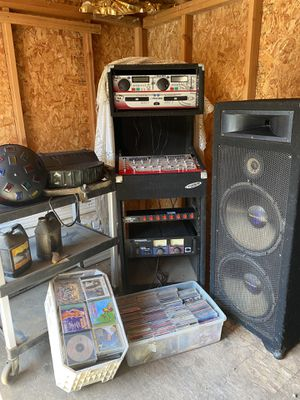 DJ Equipo for Sale in Exeter, CA