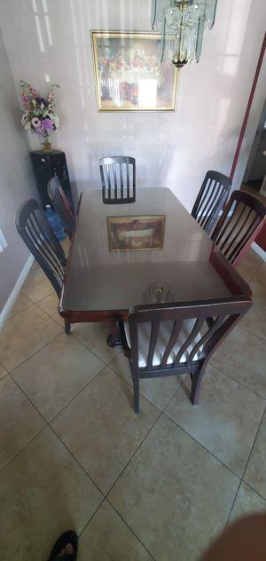 "Dark Mahogany Dinner Table 42""x78"" for Sale in Huntington Park, CA"