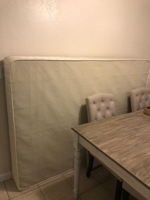 Serta full size box spring for Sale in Oakland, CA