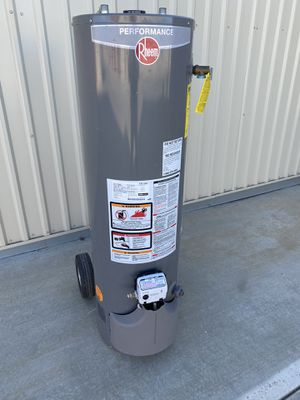 29 gallon water heater for Sale in Perris, CA