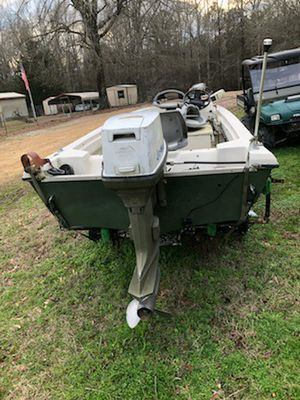 Bass boat for Sale in Greenwood Springs, MS