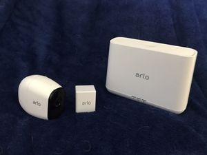Arlo HD wireless security camera and base station for Sale in Tigard, OR
