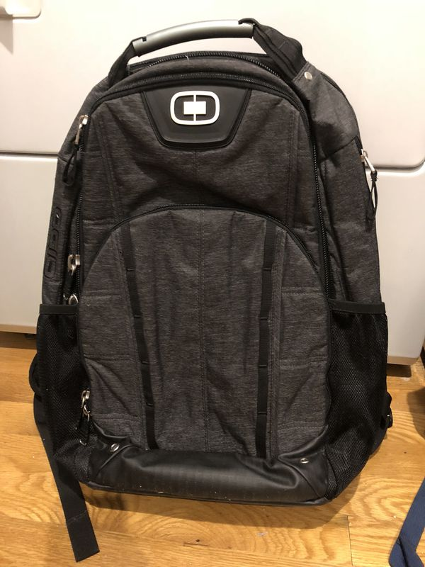 Laptop backpack $10