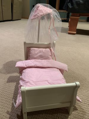 Pottery barn sleigh doll bed for Sale in Eagan, MN
