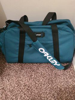 Oakley Street Duffle Bag 50L New for Sale in El Cajon,  CA