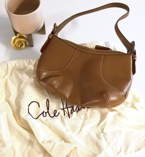 Cole Haan Leather Hobo Handbag for Sale in Orlando, FL