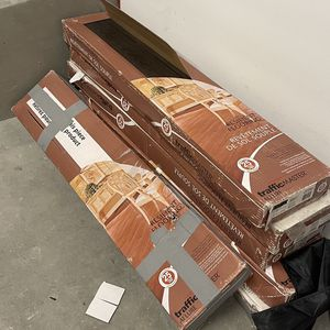 Dark Vinyl Wood Flooring (Traffic Master Allure) for Sale in Los Angeles, CA