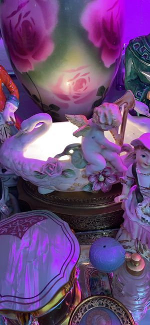 Antique porcelain ormolu tabletop lamp for Sale in Waynesboro, PA